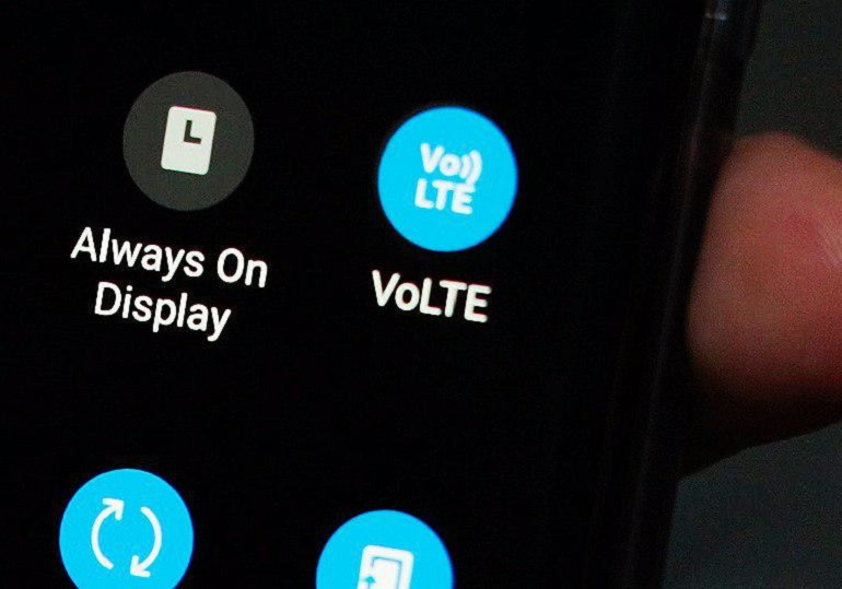 VoLTE screen-thumb